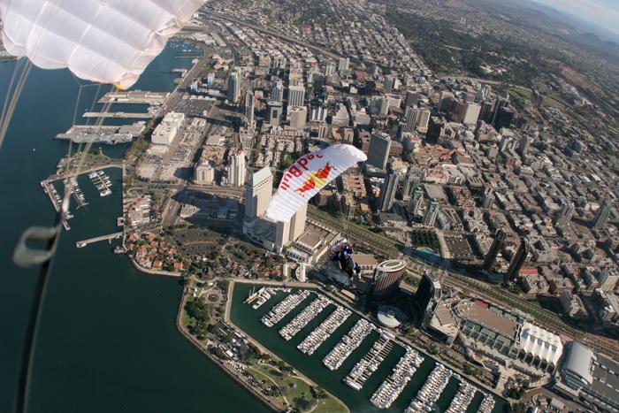 Parachute-Chase