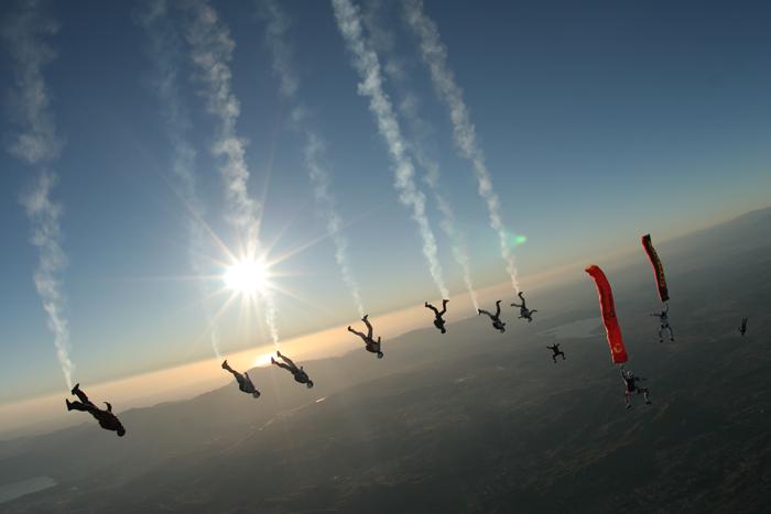 Skydiving-Race